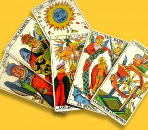love tarot the high priestess